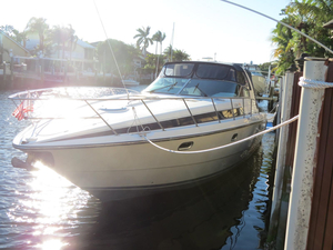 Used Avanti 4085 Express Cruiser Boat For Sale