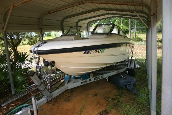 Used Chaparral 180 SSe Cruiser Boat For Sale