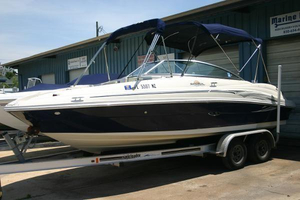 Used Sea Ray 220 Sundeck Cruiser Boat For Sale