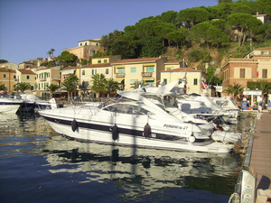 Used Pershing 37 Cabin Motor Yacht For Sale