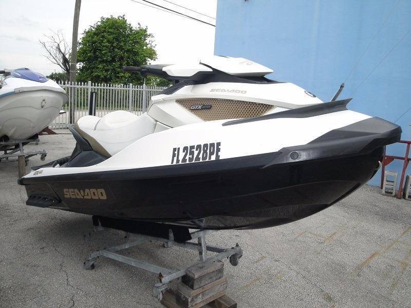 2011 used sea doo gtx limited is 260 personal watercraft. Black Bedroom Furniture Sets. Home Design Ideas