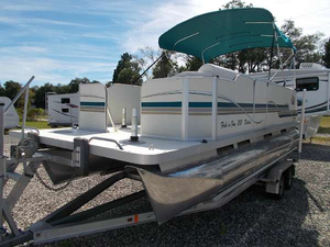 "New Fiesta Marine 20 ft. Family Fish-N-Fun ""L"" Pontoon Boat For Sale"