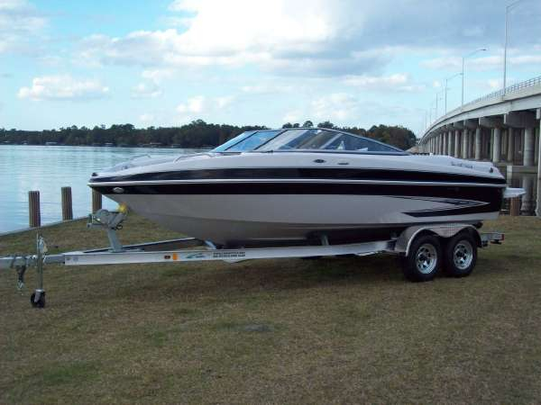New Glastron GT 225 Bowrider Boat For Sale
