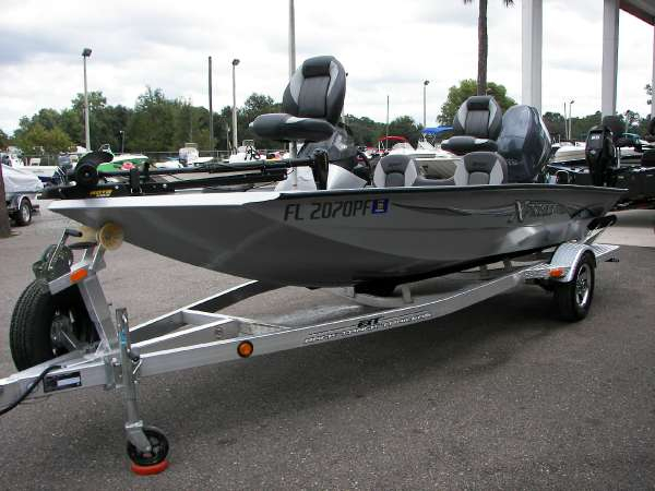 2011 Used Xpress H17 Bass Boat For Sale High Springs Fl