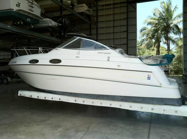 Used Four Winns 24 Express Cruiser Boat For Sale