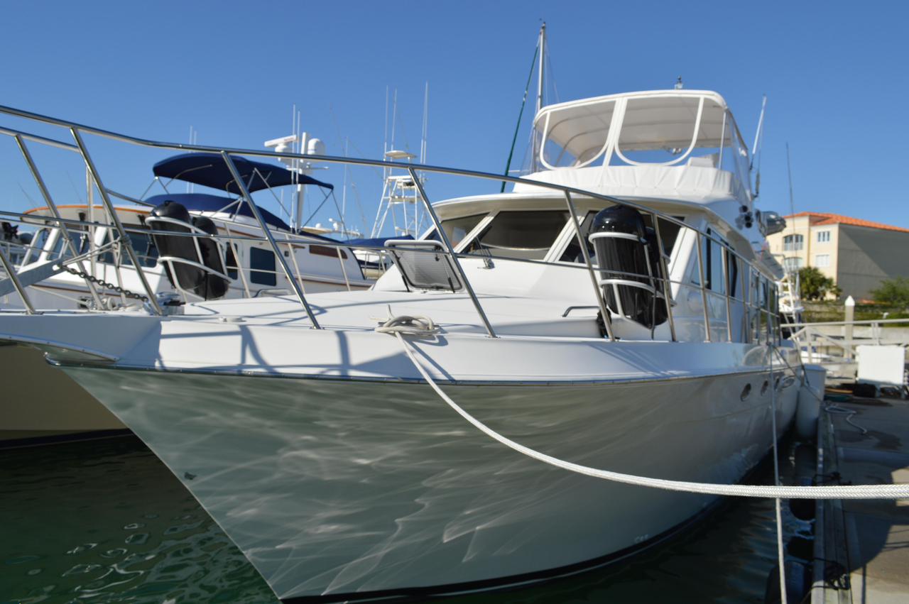 2001 used navigator 4800 classic motor yacht for sale for Vintage motor yachts for sale