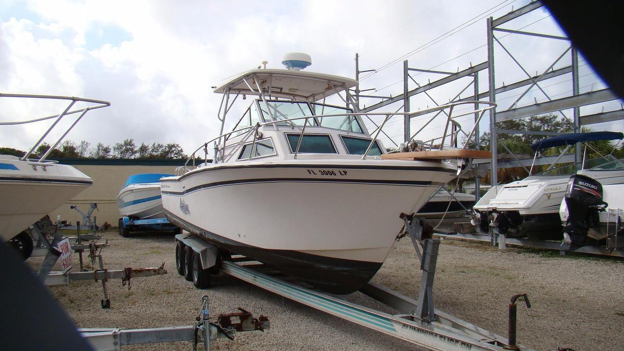 1986 used grady white 250 sailfish walkaround fishing boat for Grady white fishing boats