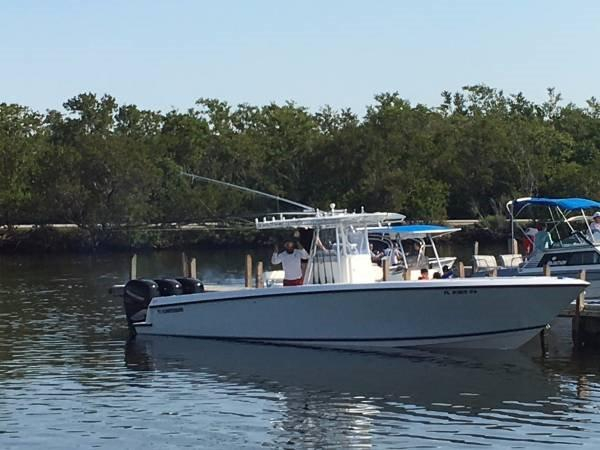Used Contender open fisher Center Console Fishing Boat For Sale