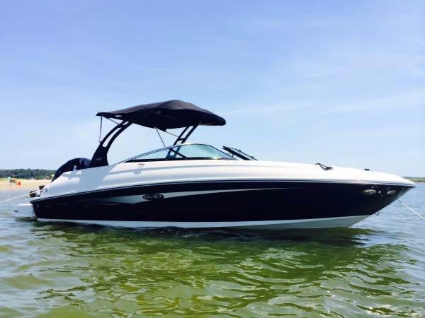 2014 used sea ray 240 sundeck outboard bowrider boat for for Bowrider boats with outboard motors