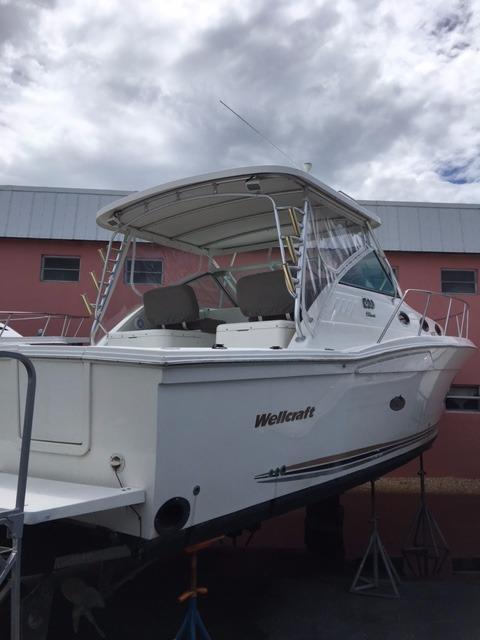 Used Wellcraft Coastal Cuddy Cabin Boat For Sale
