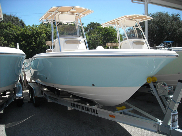 New Pioneer 220 Bay Sport220 Bay Sport Center Console Fishing Boat For Sale