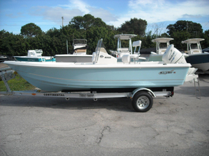 New Bulls Bay 2000 CC Bay Boat For Sale