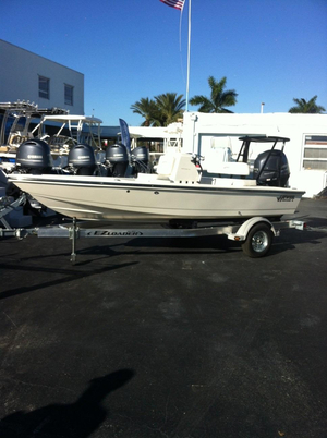 New Hewes Center Console Fishing Boat For Sale