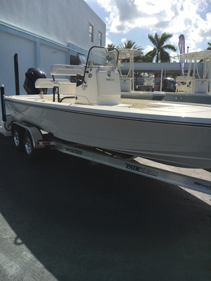 New Pathfinder 2300 HPS Center Console Fishing Boat For Sale