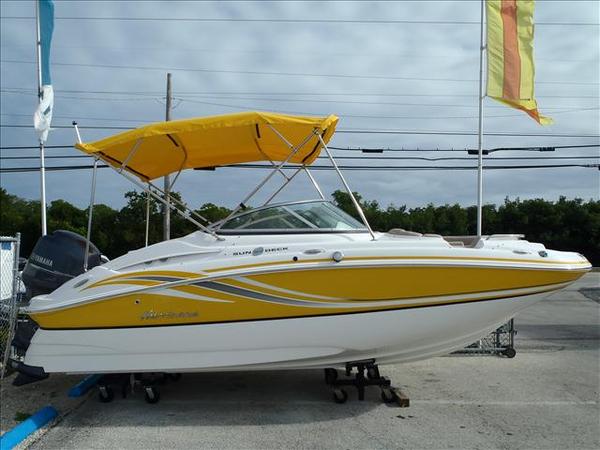New Hurricane Sun Deck Center Console Fishing Boat For Sale