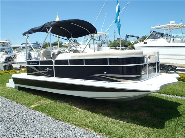 New Hurricane Fundeck Walkaround Fishing Boat For Sale