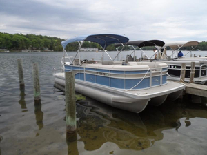 Used Bennington 24 SLX3 Pontoon Boat For Sale