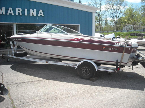 Used Imperial V192 Bowrider Boat For Sale