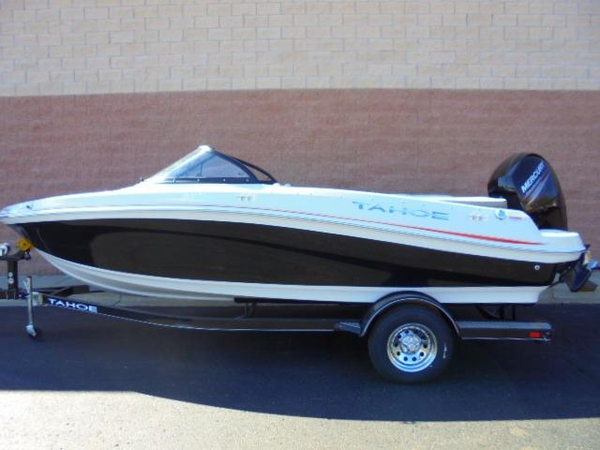 New Tahoe 550 TS Bowrider Boat For Sale