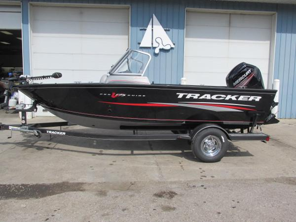 New Tracker Pro Guide V-175 Combo Aluminum Fishing Boat For Sale