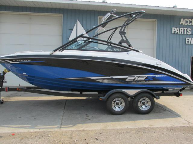 2016 new yamaha 212x jet boat for sale 49 499 lansing