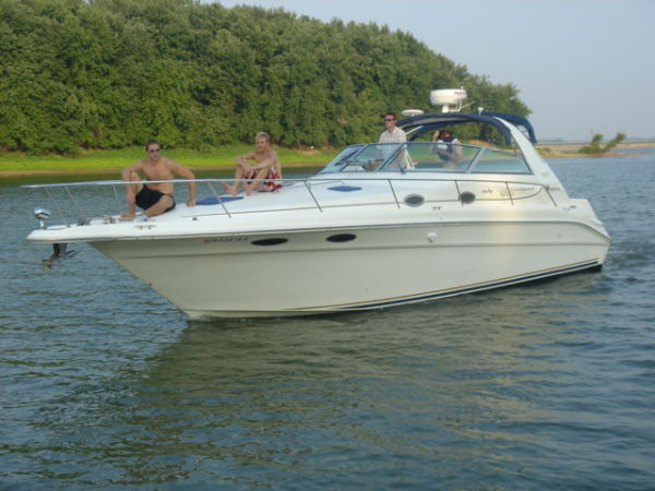 Used Sea Ray 330 Sundancer - FRESH WATER (JSS) Cruiser Boat For Sale