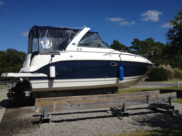 Used Rinker 300 Express Cruiser (GXH) Express Cruiser Boat For Sale