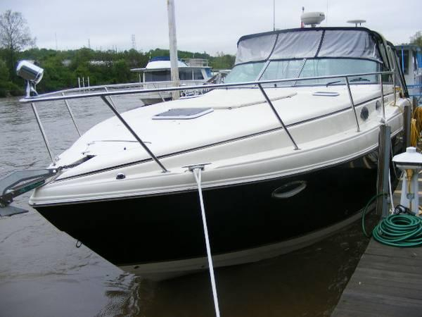 Used Rinker 342 Fiesta Vee (SRG) Express Cruiser Boat For Sale