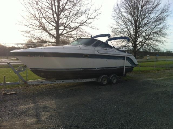 Used Carver 2587 Allegra (SRG) Express Cruiser Boat For Sale