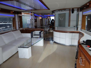Used Dominator 86S (JSS) Flybridge Boat For Sale