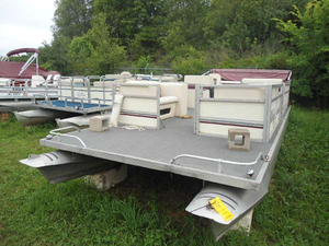Used Playbuoy 22 Aft Cabin Boat For Sale
