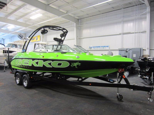 New Gekko 6.7 REVO SURF Ski and Wakeboard Boat For Sale