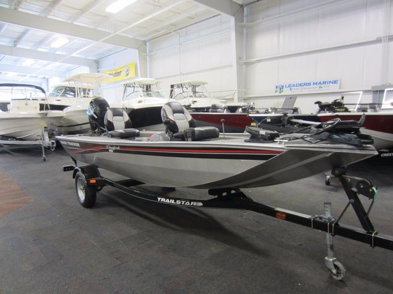 2010 used tracker boats 16 panfish bass boat for sale for Used aluminum fishing boats for sale in michigan