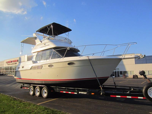 Used Carver Yachts 326 AFT CABIN MY Motor Yacht For Sale