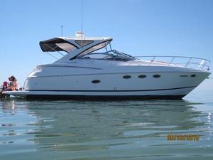 Used Regal 4060 COMMODORE Cruiser Boat For Sale
