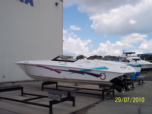 Used Fountain 32 Fever High Performance Boat For Sale