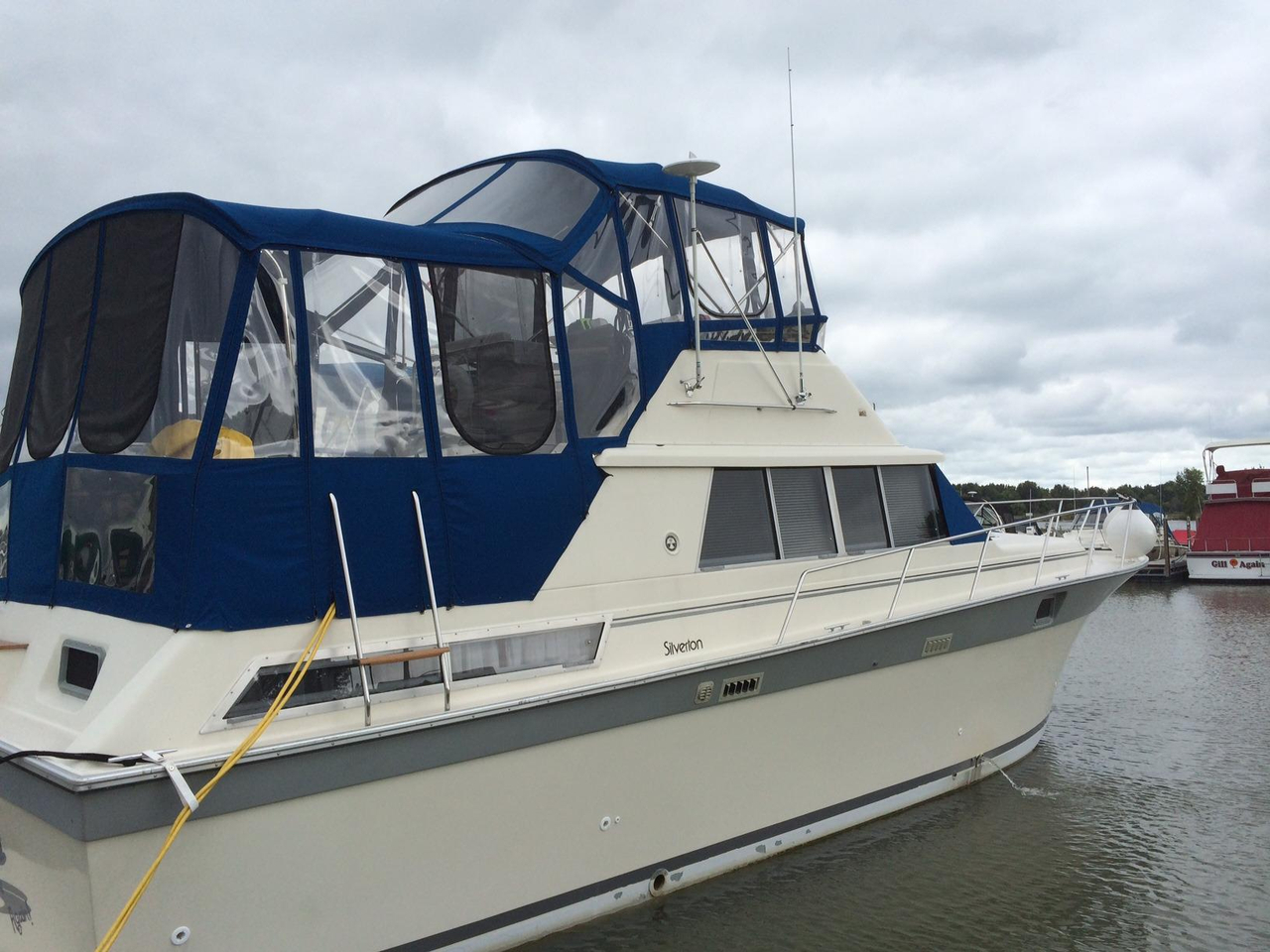 1988 used silverton 40 aft cabin motor yacht for sale for Silverton motor yachts for sale
