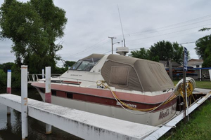 Used Cruisers 336 Ultra Vee Express Cruiser Boat For Sale