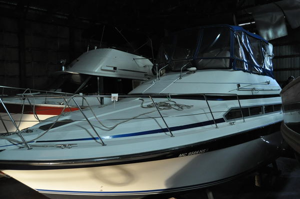 Used Carver 380 Santego Flybridge Boat For Sale