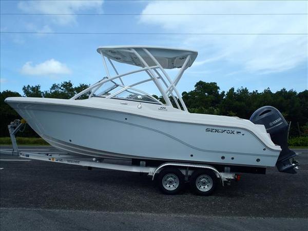 New Sea Fox 226 Traveler Dual Console Boat For Sale