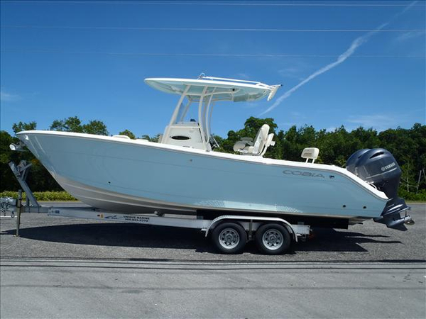 New Cobia 261CC Center Console Fishing Boat For Sale