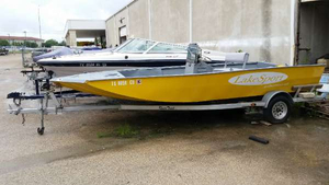 Used Lakesport MV20CC Center Console Fishing Boat For Sale