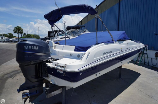 Used Hurricane Sun Deck 2300 OB Deck Boat For Sale