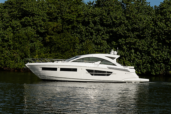 New Cruisers Yachts Motor Yacht For Sale