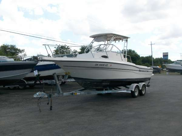 2001 used seamaster 2388 wa walkaround fishing boat for for Fishing boats for sale in ohio