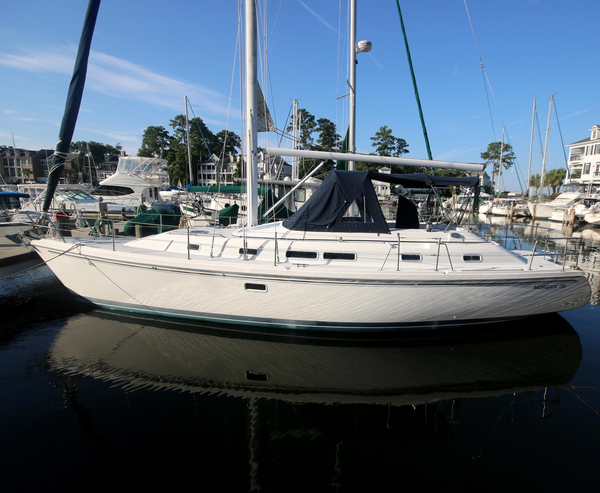Used Morgan 385 Center Cockpit Sailboat For Sale