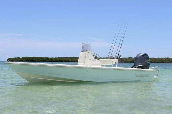 2014 Used Pathfinder Center Console Fishing Boat For Sale