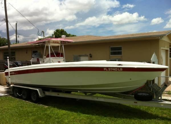 1985 Used Scarab Sport 30 Center Console Fishing Boat For