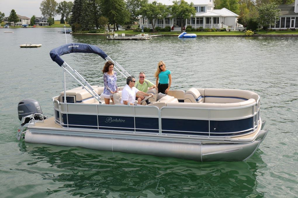New Berkshire B222CR Pontoon Boat For Sale