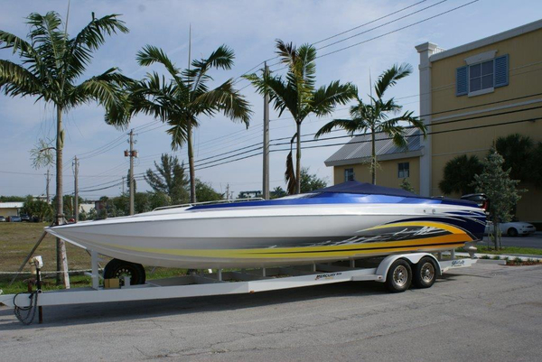 Used Skater 32 High Performance Boat For Sale